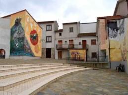 Satriano di Lucania piazza ammanonte- murale sulla leggenda del moccio